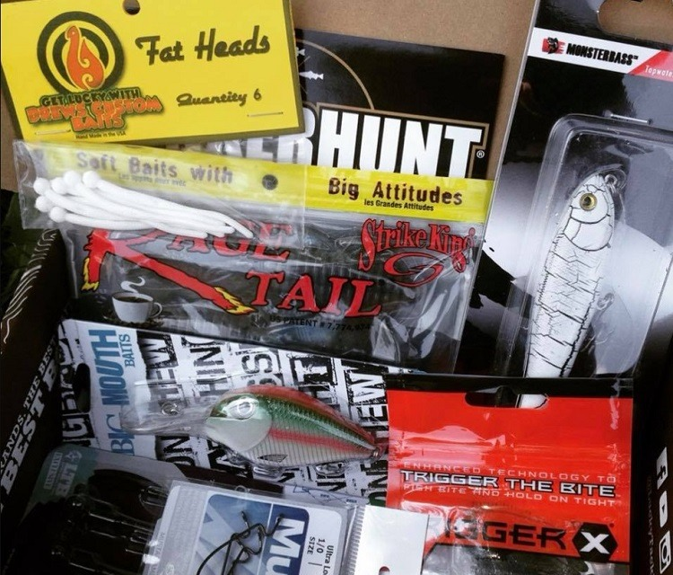 lucky tackle box july 2018
